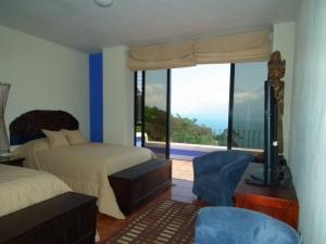 QR36 - 2 Bedrooms